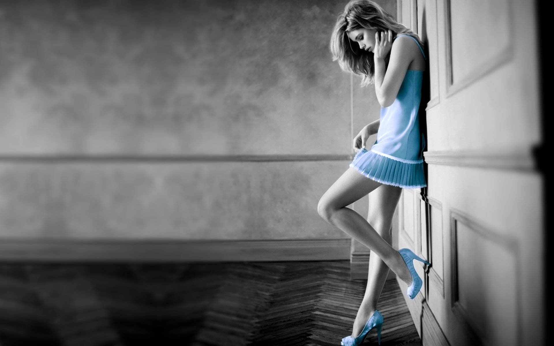 Girls wallpapers Blue dress