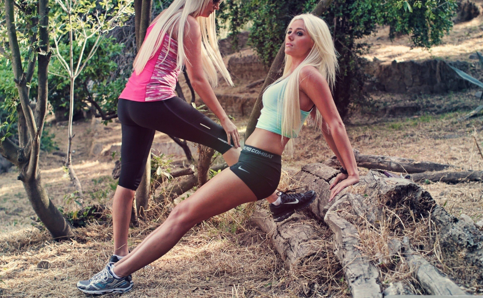 Blondes do sports in the park wallpaper