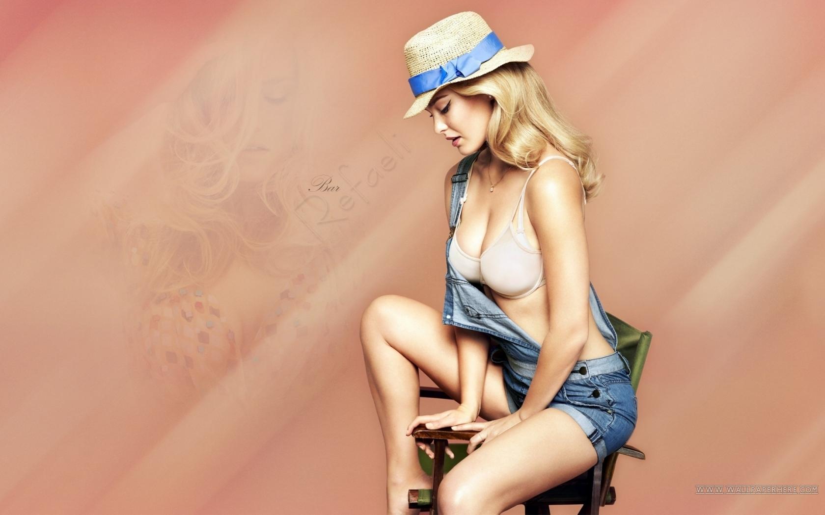 Bar Refaeli Sexy Girl Wallpaper