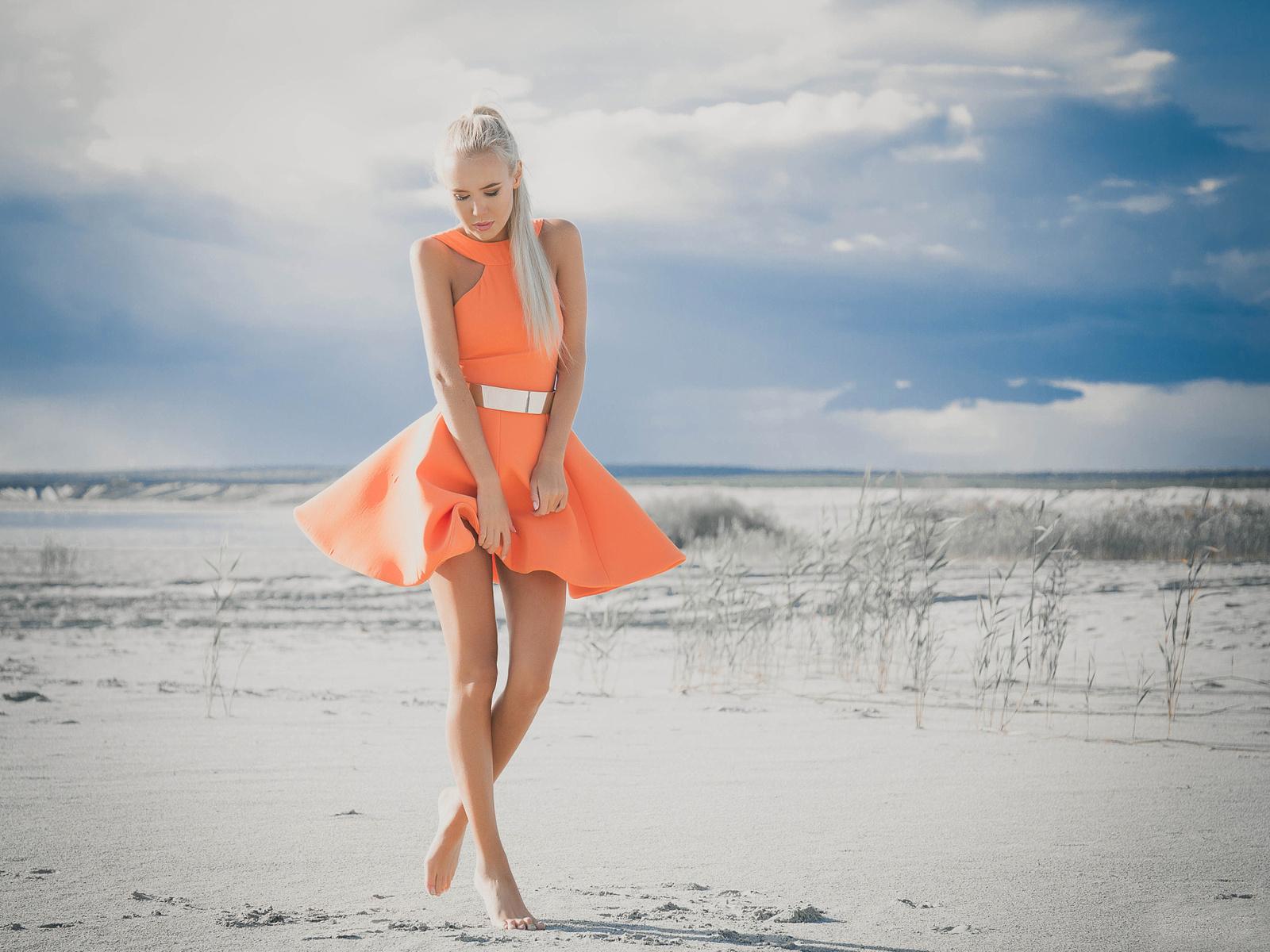 Girl sand dress legs beach wallpaper