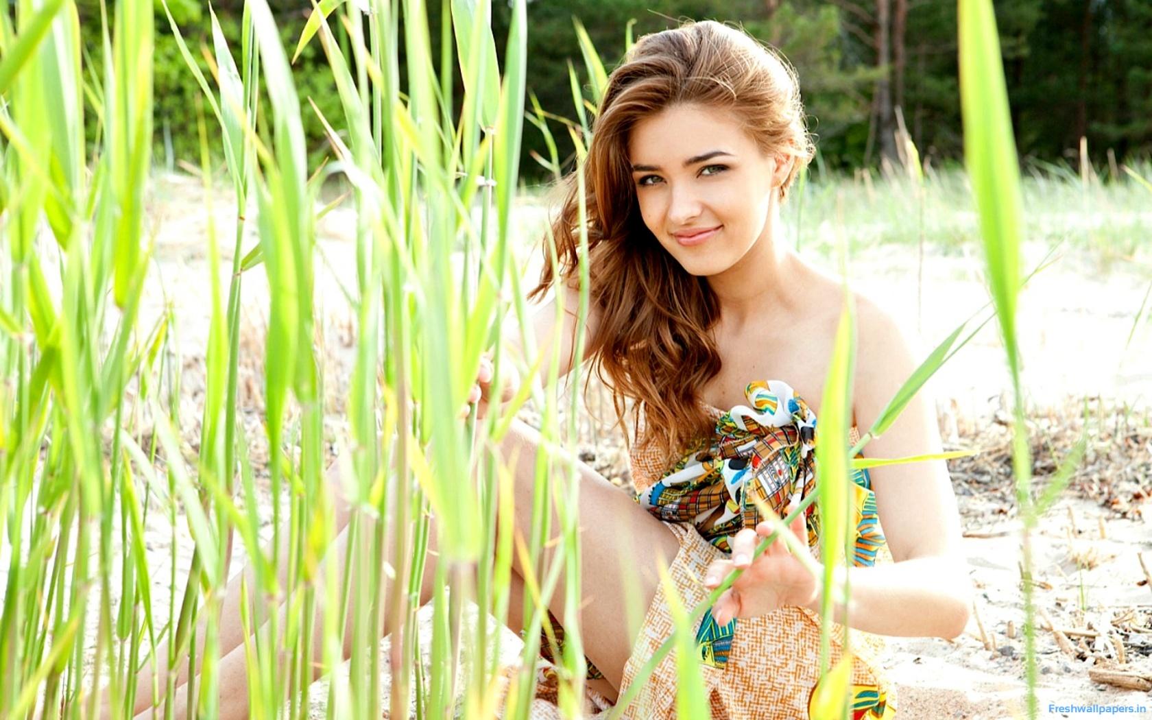 Adriana Through The Grass wallpaper