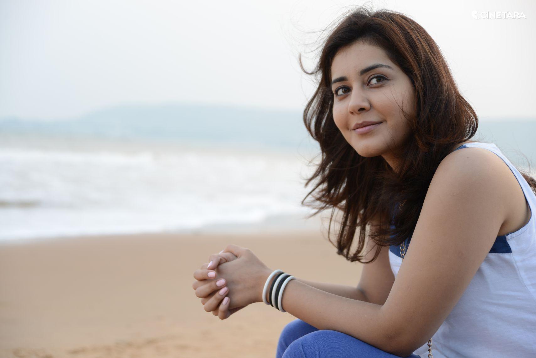 Rashi Khanna actress wallpaper